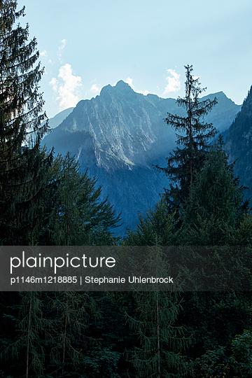 p1146m1218885 by Stephanie Uhlenbrock
