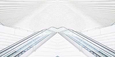 Liège-Guillemins station in Liège - p401m2209324 by Frank Baquet