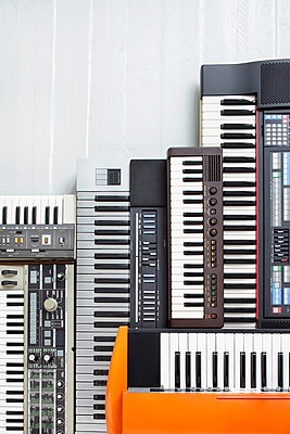 Keyboards - p464m715707 by Elektrons 08