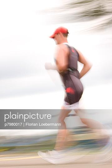 Läufer - p7980017 von Florian Loebermann