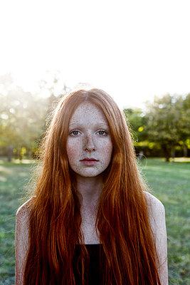Rothaariges Mädchen - p1146m1503108 von Stephanie Uhlenbrock