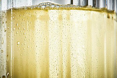Refreshing drink - p851m2110806 by Lohfink