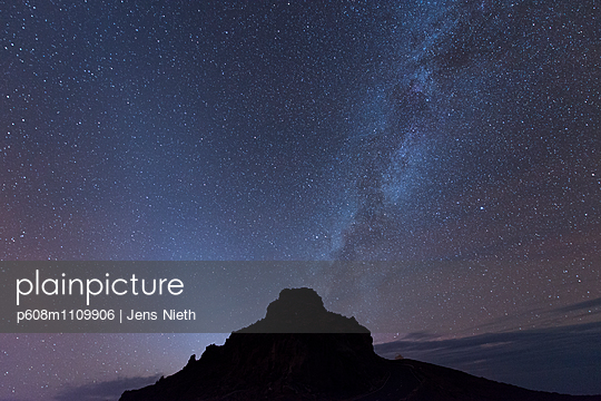 Light pollution - p608m1109906 by Jens Nieth