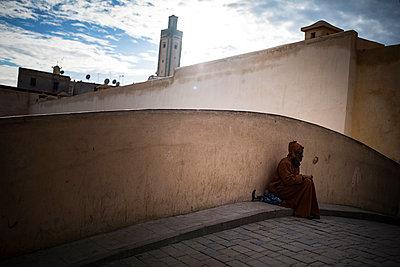 Beggar on a bridge - p1007m1221905 by Tilby Vattard