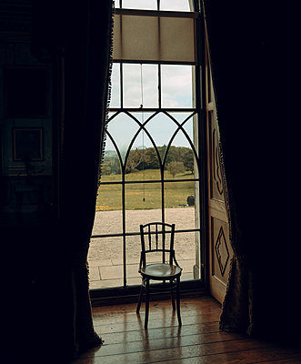 Park seen through window, Castle Ward, Northern Ireland - p1681m2283644 by Juan Alfonso Solis