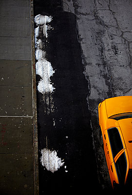 New York Cab Street and Snow - p1260m1074062 by Ted Catanzaro