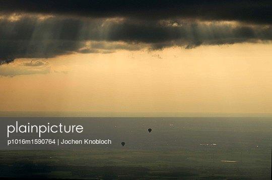 Heißluftballons - p1016m1590764 von Jochen Knobloch