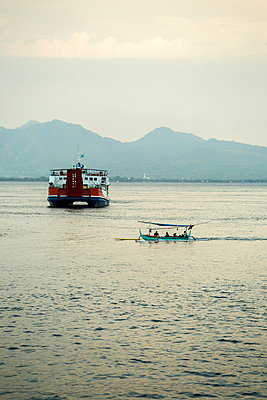 Indonesia, ferry and boat between Bali and Java - p300m1189671 von Konstantin Trubavin