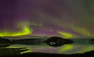 Aurora Borealis, Qualerallit glacier, South Greenland - p429m1569567 by Alex Eggermont