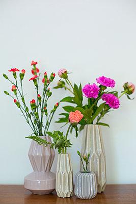 Blumenvasen - p432m906950 von mia takahara