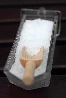 Salz - p039m816382 von Christine Höfelmeyer