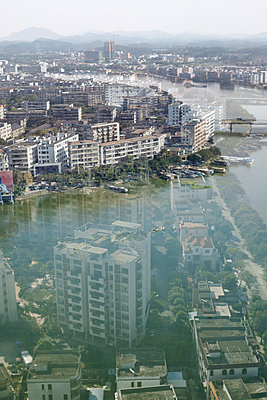 Stadt im Wasser - p1294m1481788 von Sabine Bungert