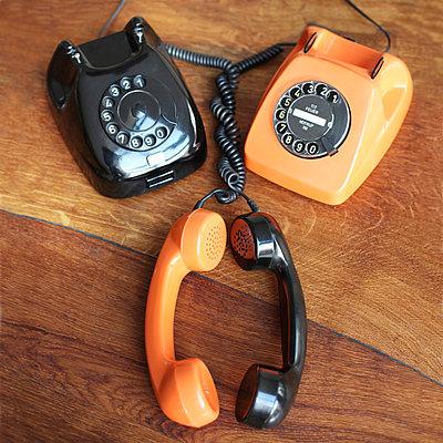 Telefon mit Wählscheibe - p214m1000363 von hasengold