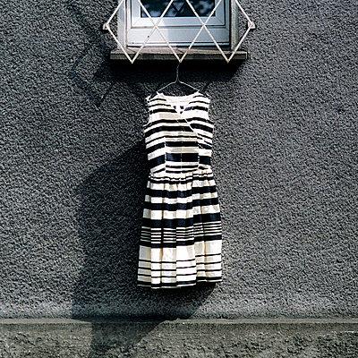 Kleid muss auslüften - p7500038 von Silveri