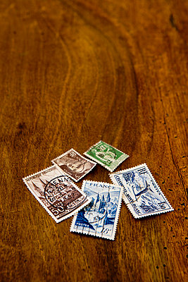 Old stamps - p248m710452 by BY