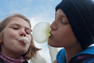 Chewing gum - p2291038 by Martin Langer