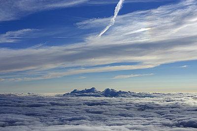 Über den Wolken - p1016m924097 von Jochen Knobloch