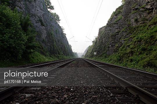 Bahnstrecke - p4170168 von Pat Meise