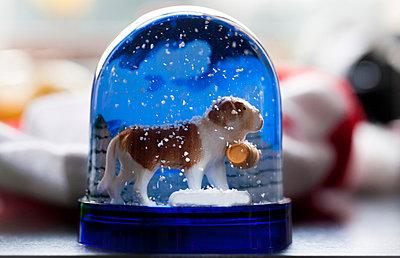 Schneekugel - p1082m959717 von Daniel Allan