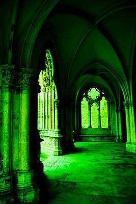 Klostermauern - p2480831 von BY