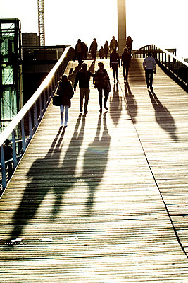 People on the Footbridge Simone-de-Beauvoir in Paris, France - p445m1184771 by Marie Docher