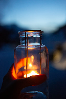 Illuminating the evening - p454m2124959 by Lubitz + Dorner