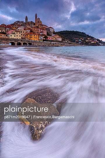 p871m2019047 von Francesco Bergamaschi