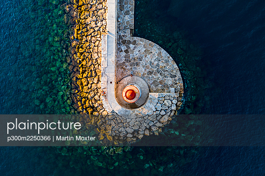 Spain, Balearic Islands, Andratx, Helicopter view of Port D Andratx Lighthouse - p300m2250366 by Martin Moxter