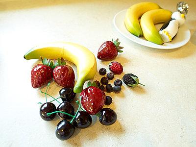 Plastikfrüchte - p913m1538463 von LPF