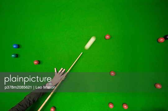 snooker table and cue - p378m2085621 by Leo Mason