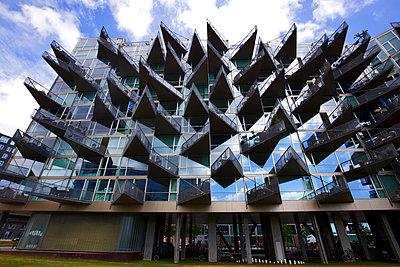 VM Houses - p1399m1591044 by Daniel Hischer