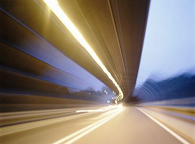 Tunnel - p3350034 by Andreas Körner
