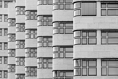 The wave facade of the Shell-Haus, Berlin, Germany - p1062m1172163 by Viviana Falcomer