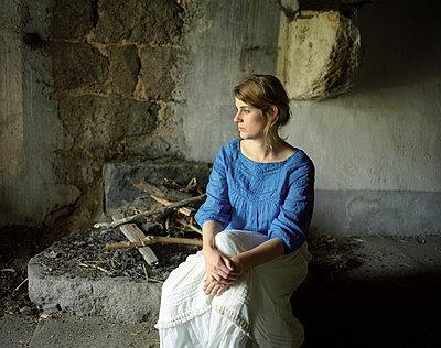Cinderella - p945m716045 by aurelia frey