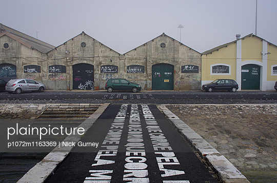 Riverside Warehouses - p1072m1163369 by Nick Gurney