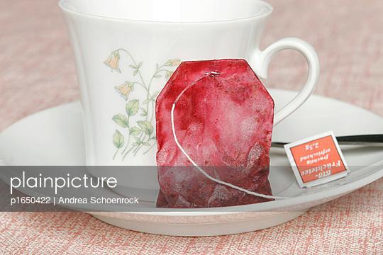 Tea bag - p1650422 by Andrea Schoenrock