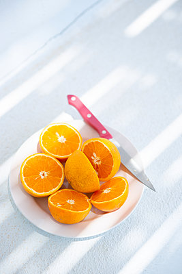 Juicy oranges - p454m2150101 by Lubitz + Dorner