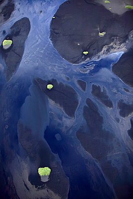 Aerial view, Vatnajökull glacier with riverbed and grass, Landmannalaugar, Iceland - p1026m992031f by Romulic-Stojcic