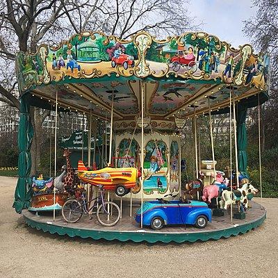 Vintage carousel, Square des Batignolles, Paris - p1401m2172396 by Jens Goldbeck