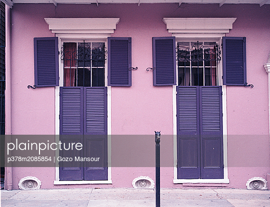 New Orleans buildings - p378m2085854 by Gozo Mansour