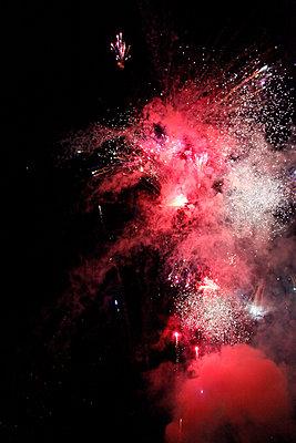 Feuerwerk - p1021m932446 von MORA
