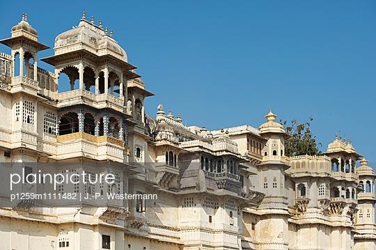 Palastkomplex in Udaipur - p1259m1111482 von J.-P. Westermann