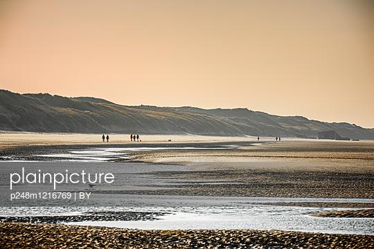 Strand in der Normandie - p248m1216769 von BY