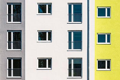 Mietshaus in Berlin - p354m1467164 von Andreas Süss