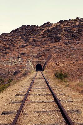 Alte Bahnstrecke in Neuseeland - p470m2128877 von Ingrid Michel