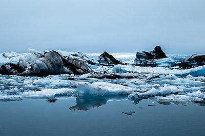 Gletschersee Jökulsárlón - p979m1072036 von Sabine Skiba