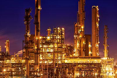 Raffinerie, Grangemouth - p587m1087220 von Spitta + Hellwig