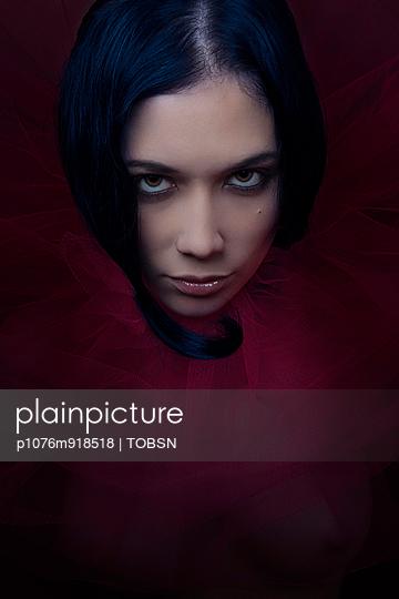 Portrait - p1076m918518 von TOBSN