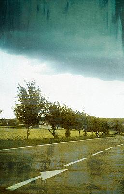 Verlassene Straße - p4500075 von Hanka Steidle