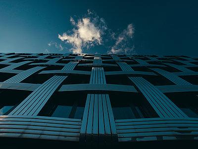 Fassade in Blau - p1696m2294348 von Alexander Schönberg